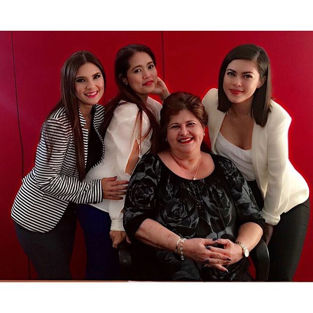 HAPPY MOTHER'S DAY: Precious Hearts Romances Presents Araw Gabi cast and their dearest real-life mommies!