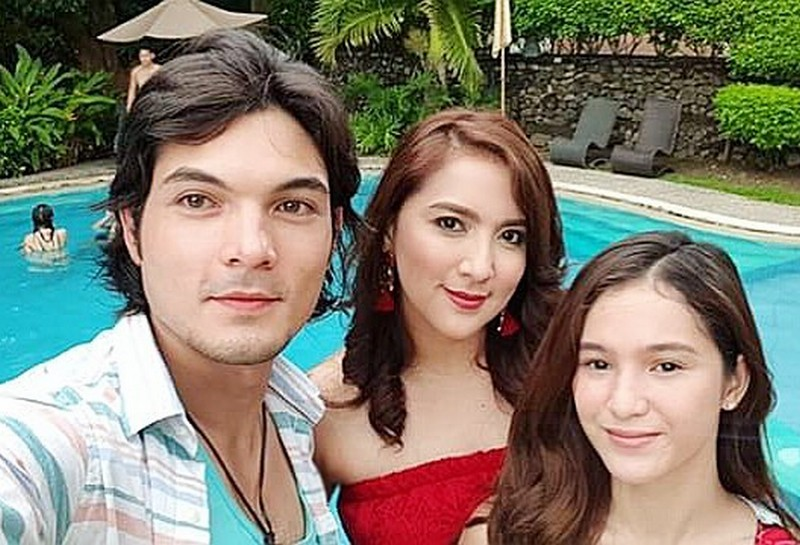 LOOK: What the PHR Presents Araw Gabi stars do in between takes